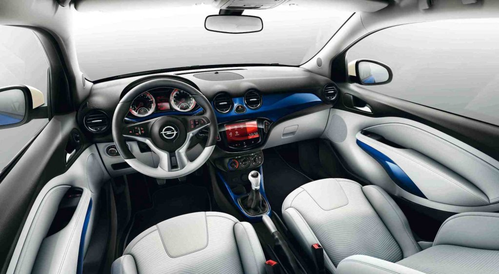Opel adam d couvrez son design int rieur innovant for Interieur opel adam