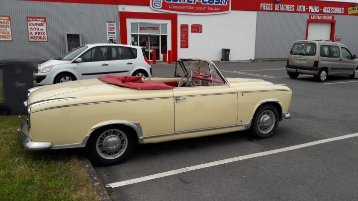 Visite D Une 403 Cabriolet De 1957 Le Blog De Carter Cash