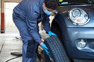 changement-pneu-mecanicien